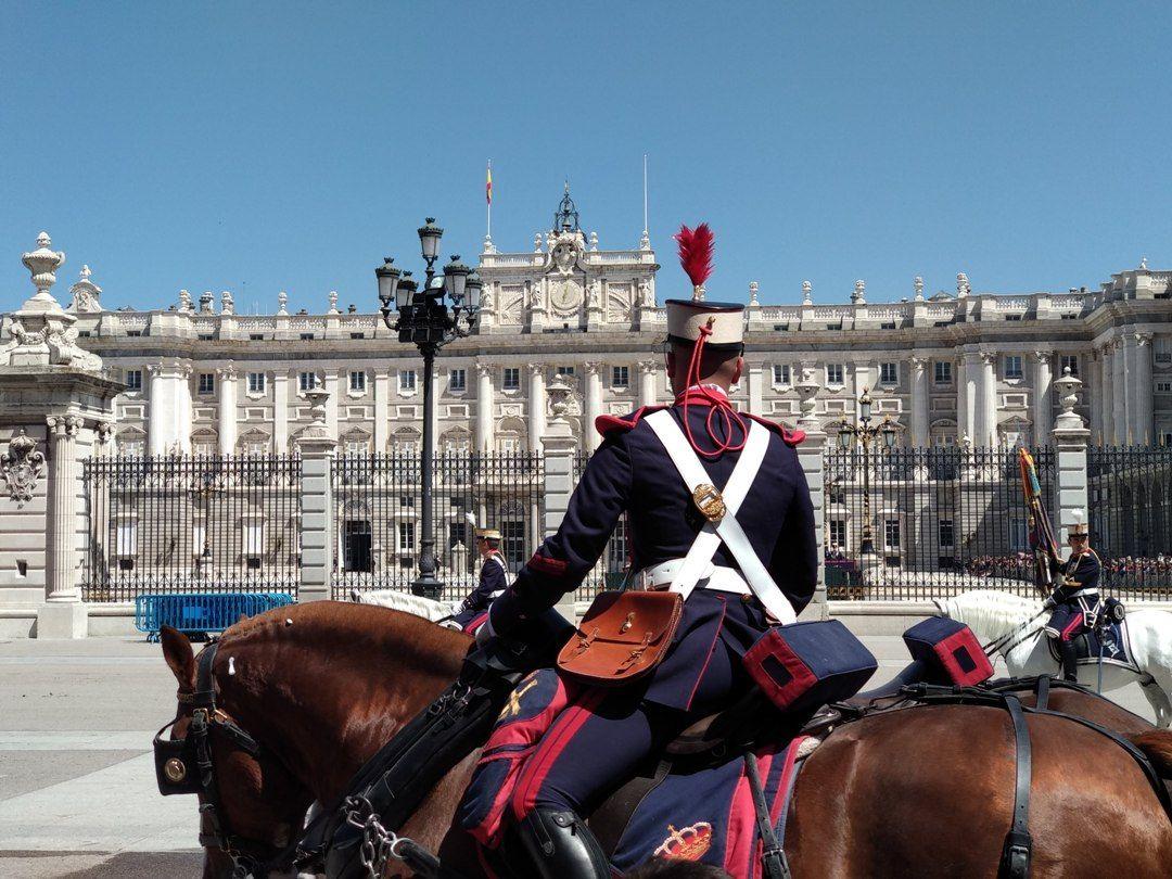 Guardia del Palacio Real Madrid