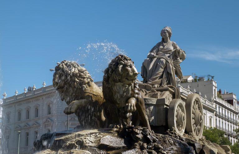 Diosa Cibeles en Fuente de Cibeles Madrid